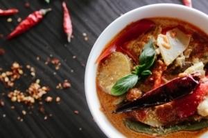 Nois Thai Saar Curry Lieferservice